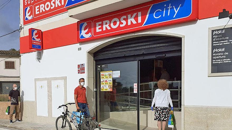 Eroski inaugura un nuevo supermercado franquiciado en Porreres