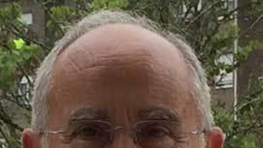 "Andrés Martínez: ""El monasterio de la Vega se dedicó a la hospitalidad jacobea"""