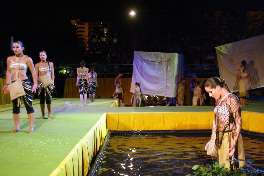 Corte 2005. La elección se traslada a los Jardines de Viveros, donde se construye un escenario ex profeso.