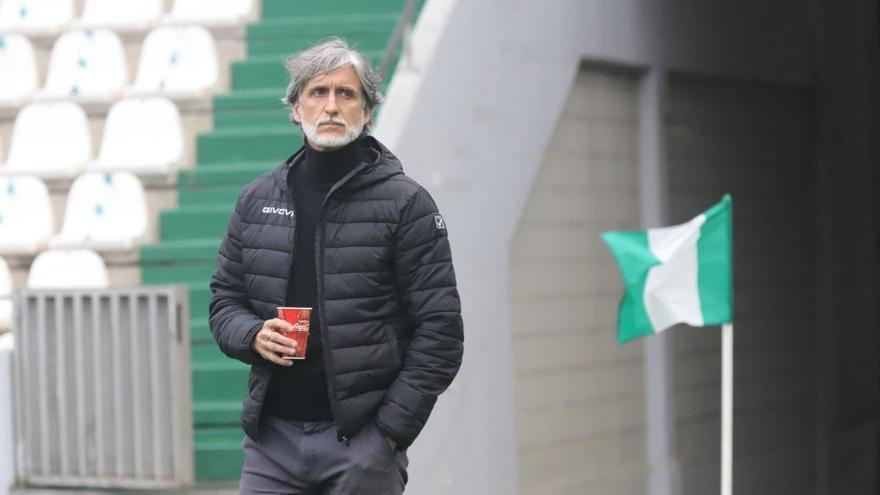 """Pablo Alfaro, técnico del Córdoba CF: """"Vemos la luz al final del túnel"""""""