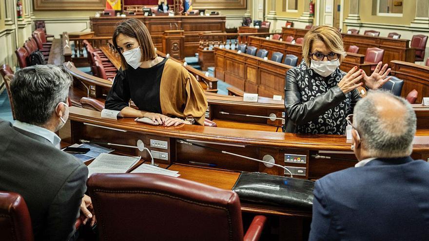 La Cámara rechaza pedir la destitución de los cargos 'colados' para vacunarse