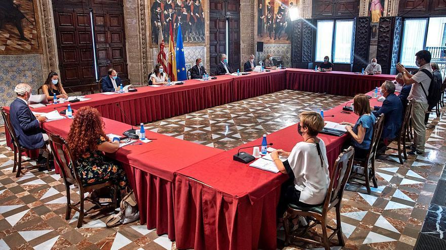 Consell, patronal y sindicatos crearán una mesa sobre los fondos europeos