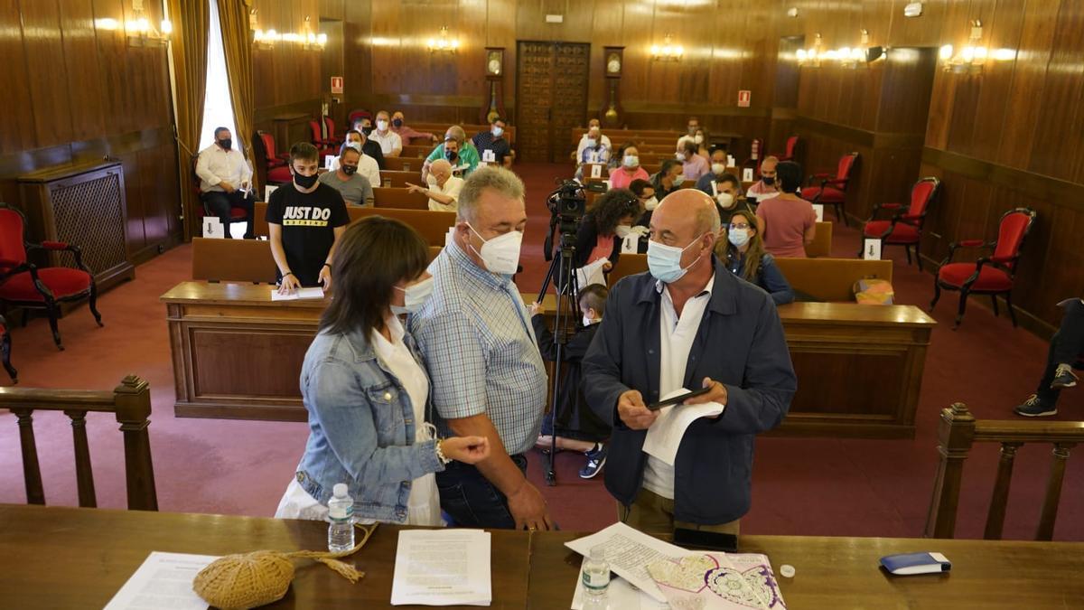 Reunión de los municipios del embalse de Ricobayo, en el salón de plenos de la Diputación de Zamora.