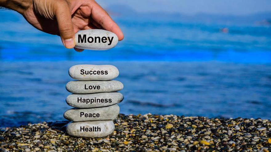 La fórmula para ser feliz con el dinero que posees