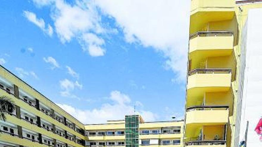 Canarias pedirá un préstamo para salvar al sector turístico y la hostelería