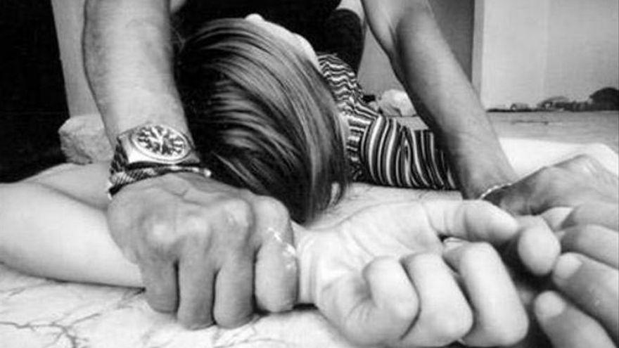 Absuelta la madre acusada de permitir que abusaran sexualmente de su hija de ocho años