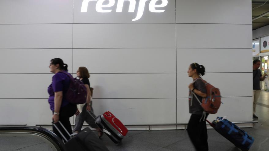 Los maquinistas barajan convocar una huelga si Renfe no repone los trenes suprimidos