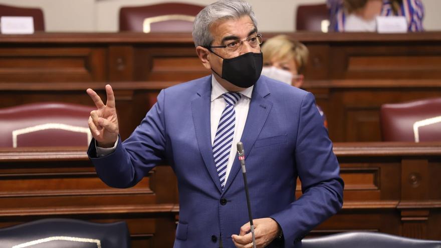 Canarias firma con Hacienda los 1.144 millones en ayudas directas a empresas