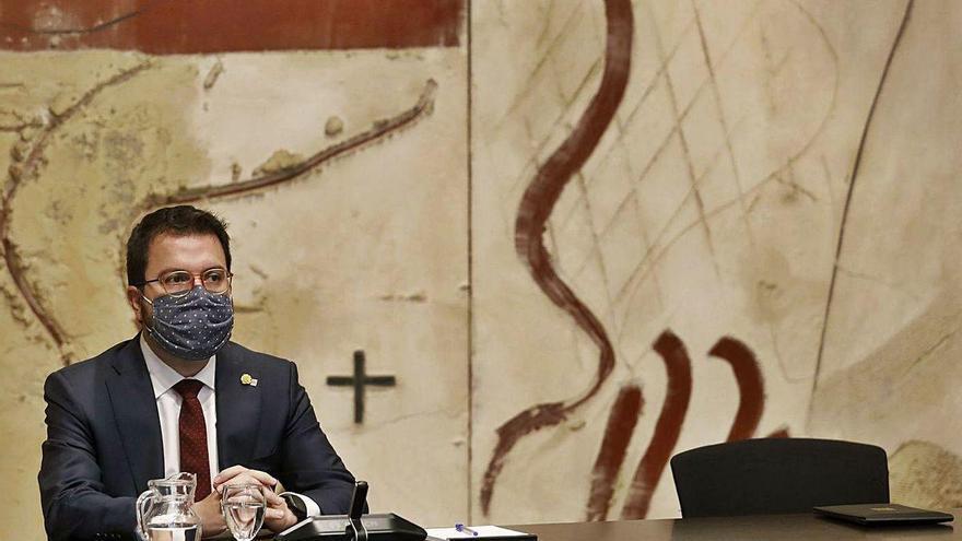 JxCat y Esquerra cierran filas en el relevo parlamentario de Torra