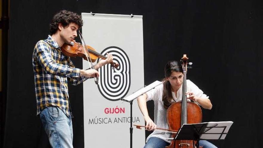 """El dúo """"Ensemble Allettamento"""" actúa hoy en el Nuevo Teatro de La Felguera"""