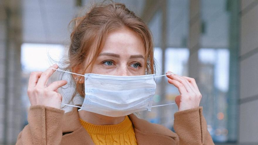 Les mascaretes deixaran de ser obligatòries a l'aire lliure a partir del 26 de juny