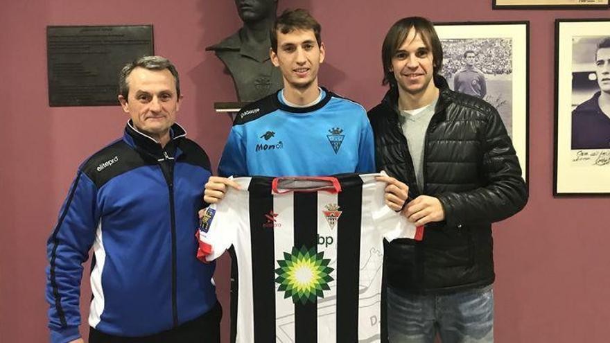 El Almazora se refuerza con el centrocampista canario Juanma Pérez