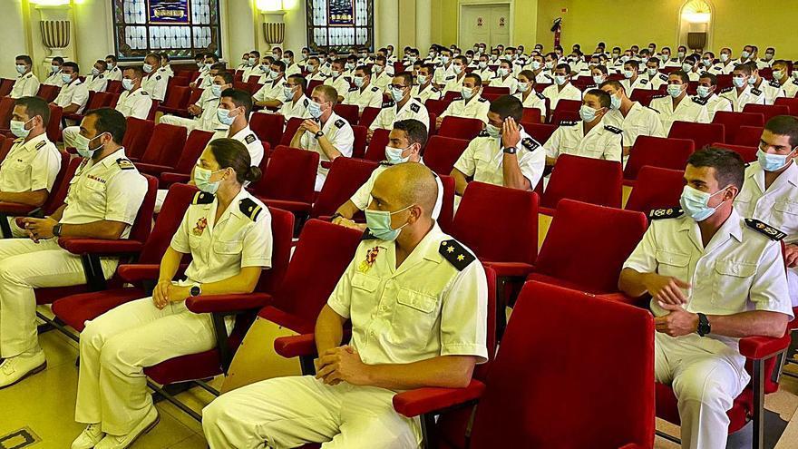 """Marín da la bienvenida a la nueva """"hornada"""" de la Escuela Naval"""