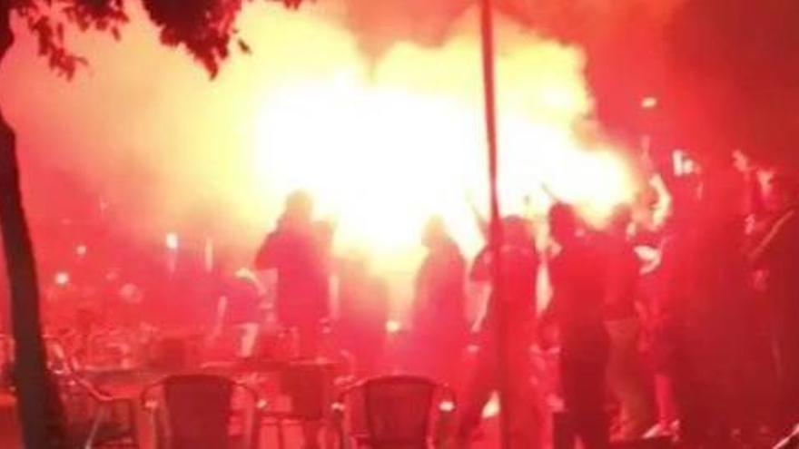 Detenen 23 aficionats radicals del Barça a Sevilla