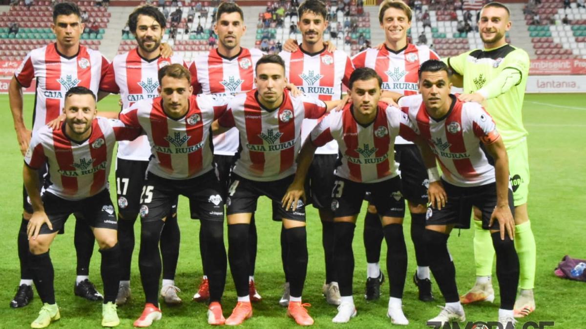 El equipo inicial del Zamora CF contra el Logroñés