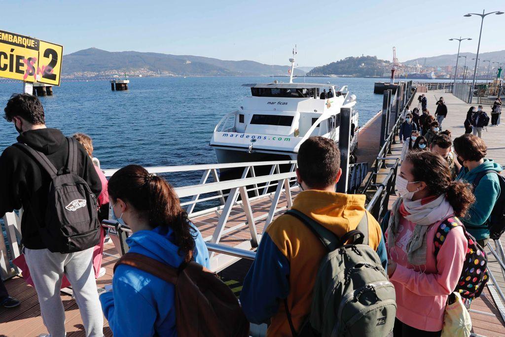 Los primeros visitantes de Cíes en Semana Santa