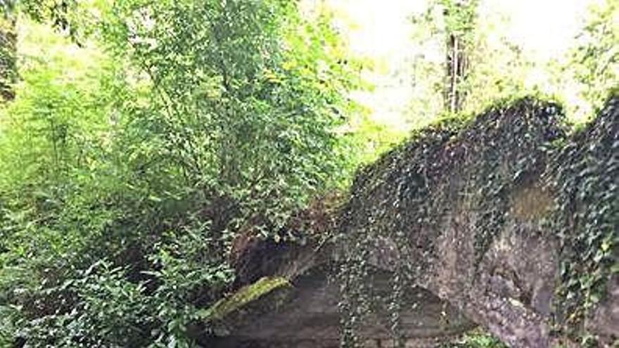 """El puente sobre el Baxoi, a la espera del """"período óptimo"""" para evitar daños en el río"""