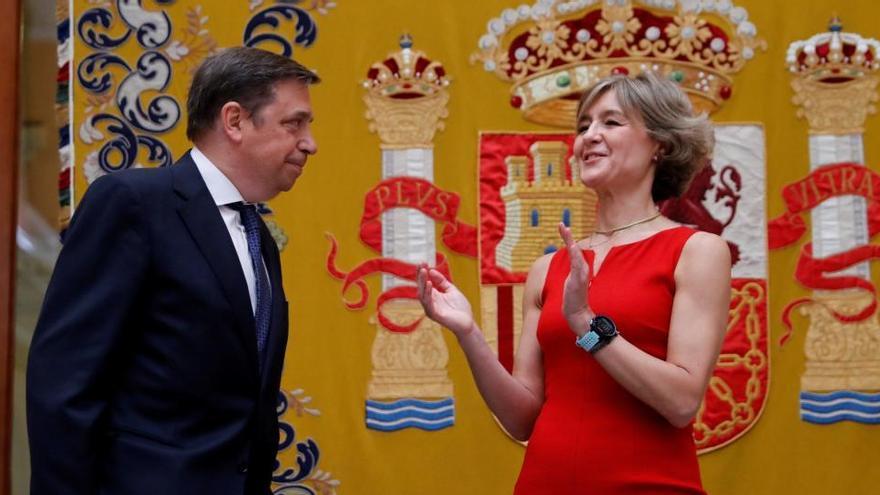 La exministra Isabel García Tejerina renuncia a su escaño