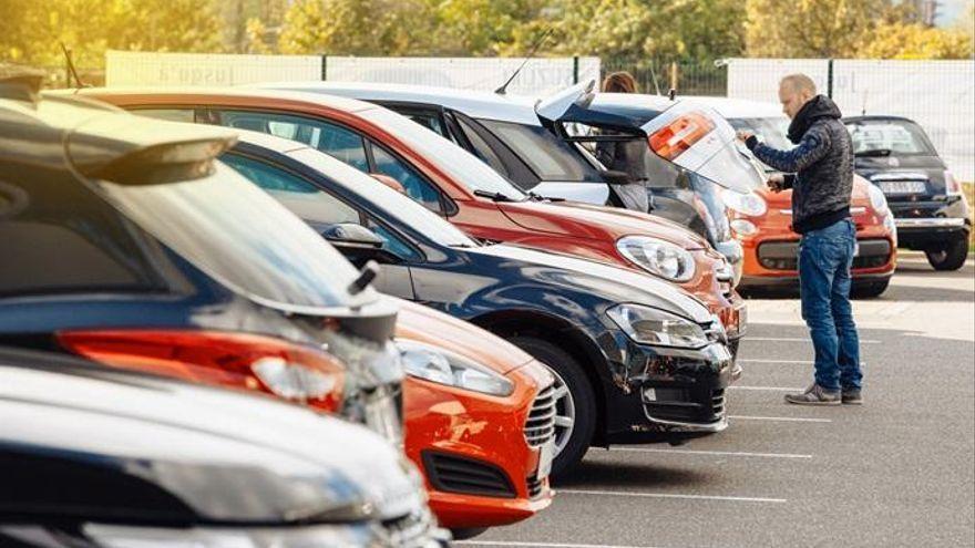 El precio de los coches de ocasión crece un 2,7% en Canarias en agosto