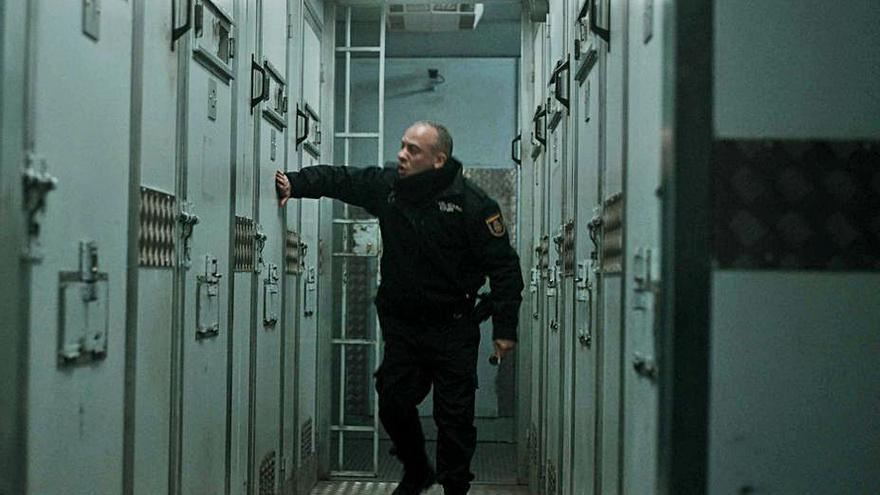 Javier Gutiérrez protagoniza 'Bajocero', película que Netflix estrenará este viernes