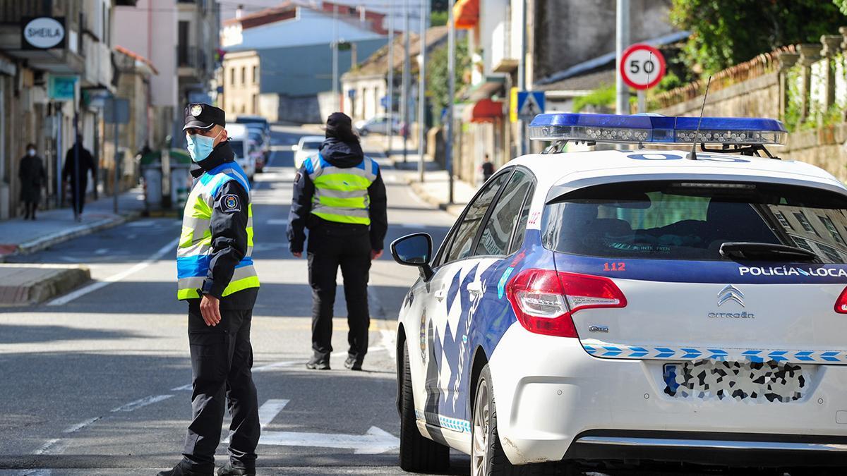 Una patrulla de la Policía Local de O Grove, en una imagen de archivo