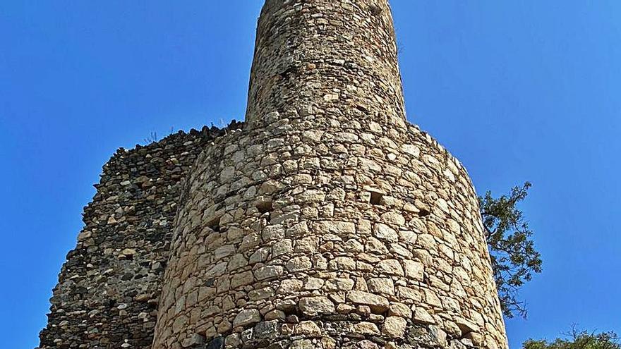 Localitzen un tram de la muralla medieval a Sant Iscle de Vidreres