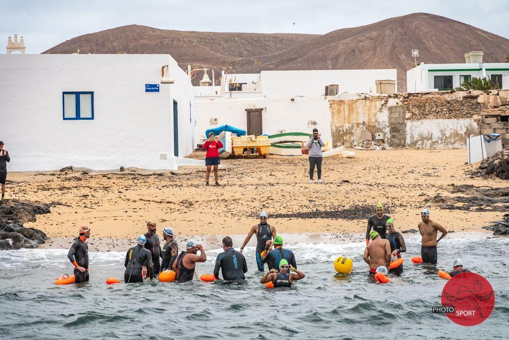 Etapa La Graciosa-Famara de la vuelta a nado por etapas de Lanzarote (2020)