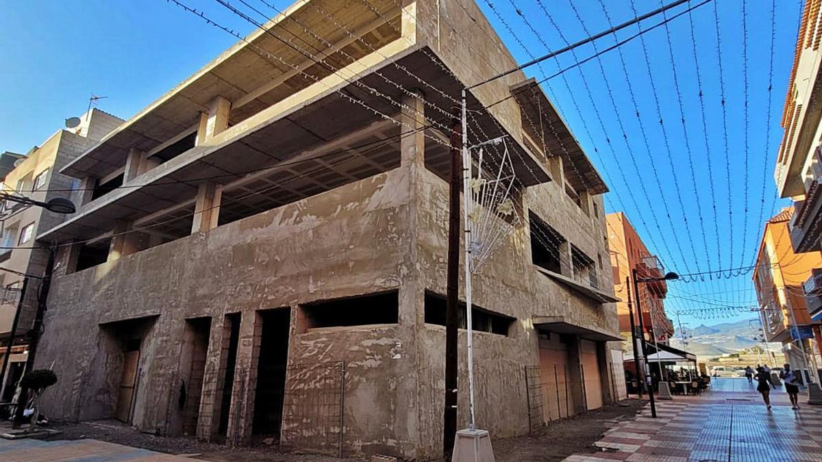 Estado en el que se encuentra la construcción del Centro Cívico de Las Galletas. | | E.D.