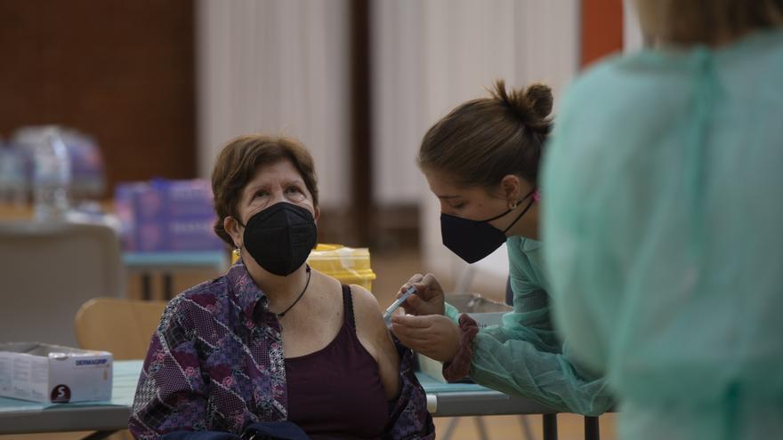 """Puig afirma que """"las trabas"""" de las farmacéuticas """"dificultan"""" la vacunación"""