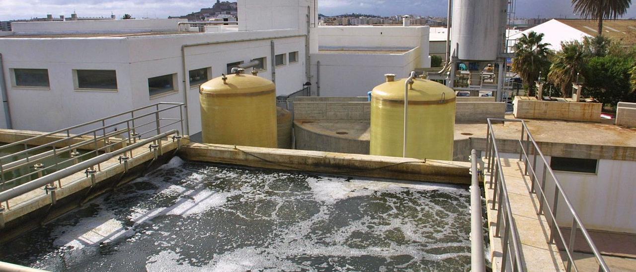 Las instalaciones de la depuradora de Vila, en una imagen de archivo. | D. I.