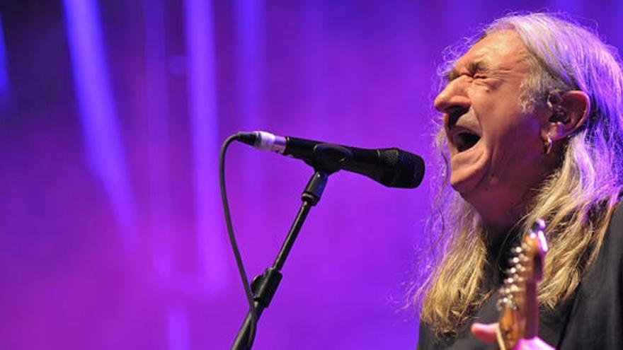 Diez himnos de Rosendo para celebrar sus 65 años