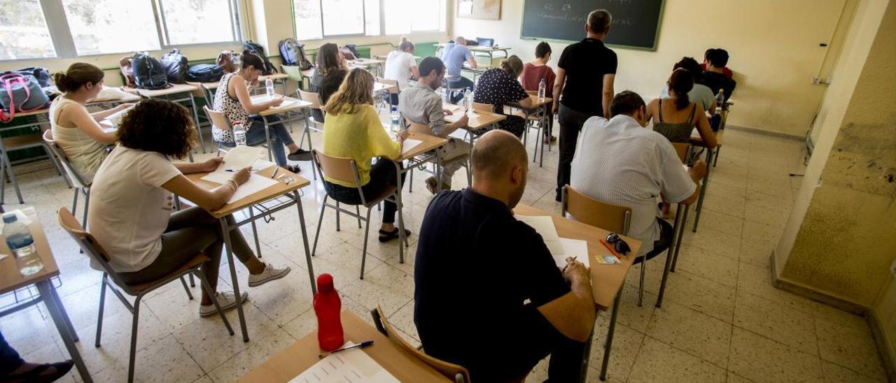 Imagen de archivo de un examen de oposiciones para la enseñanza.