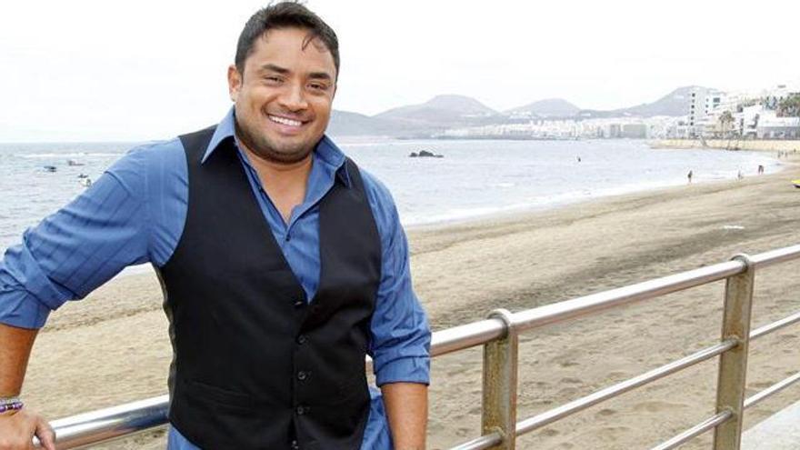 El cantante Manny Manuel sufre un accidente en estado de embriaguez