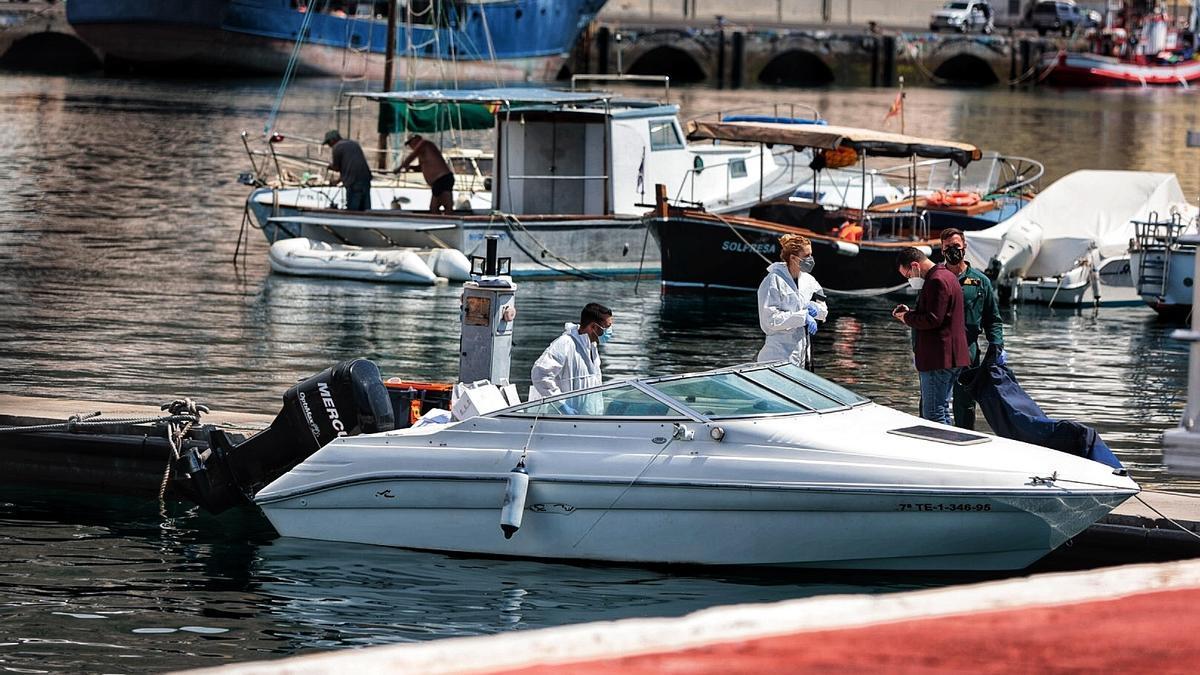 Coche y barco del hombre desaparecido con sus hijas en Tenerife