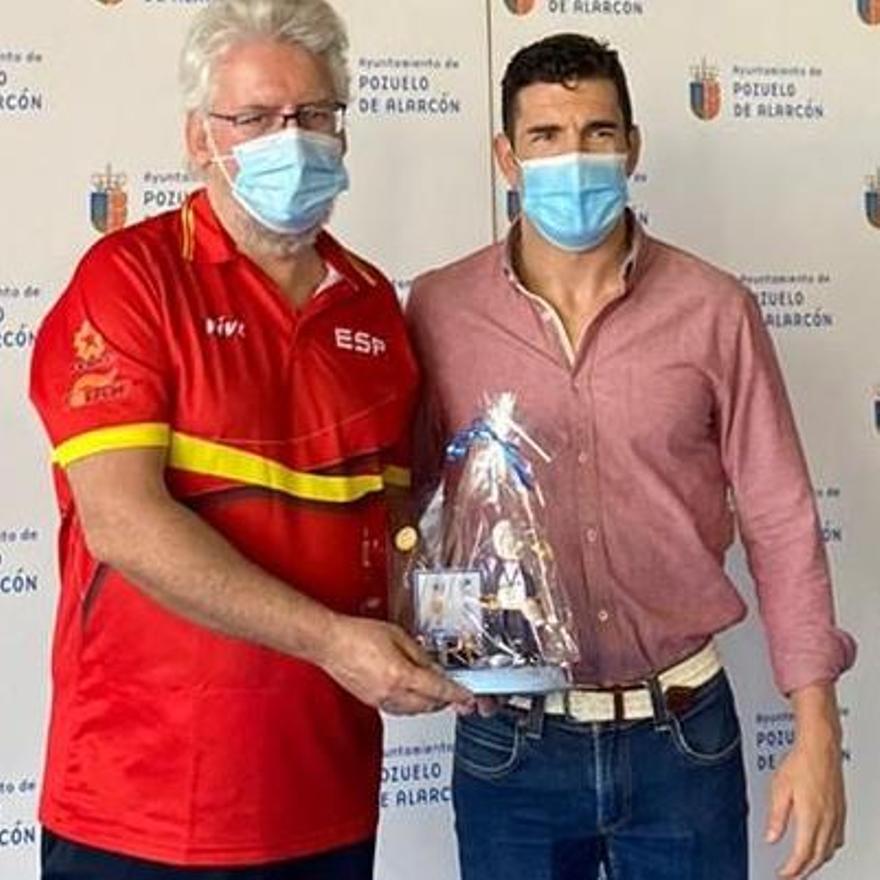 Laureano Gil, con Manuel Calvo, también extremeño y responsable de los paralímpicos del Consejo Superior de Deportes.