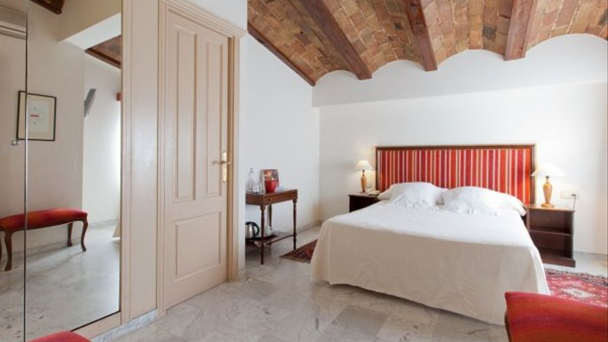 Hotel Ad Hoc Monumental