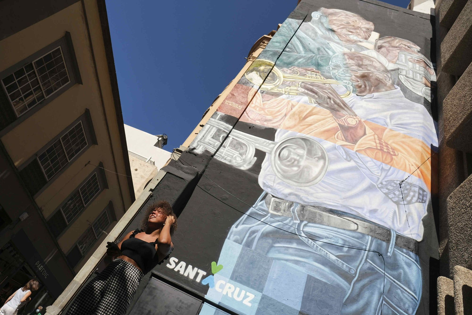 Presentación oficial del mural de Nilo Caparrosa
