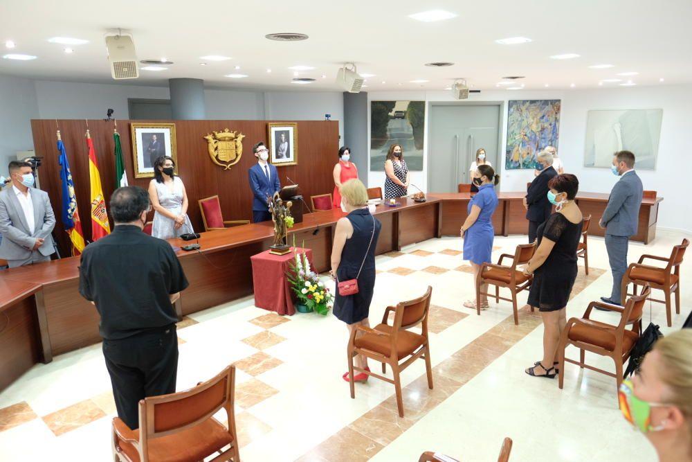 Nombramiento como alcaldesa honorífica perpetua de Novelda a la patrona Santa Maria Magdalena.