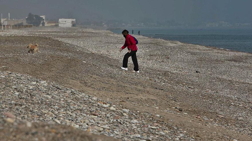 Los trasvases previstos ampliarán 50 metros  las playas de Sagunt