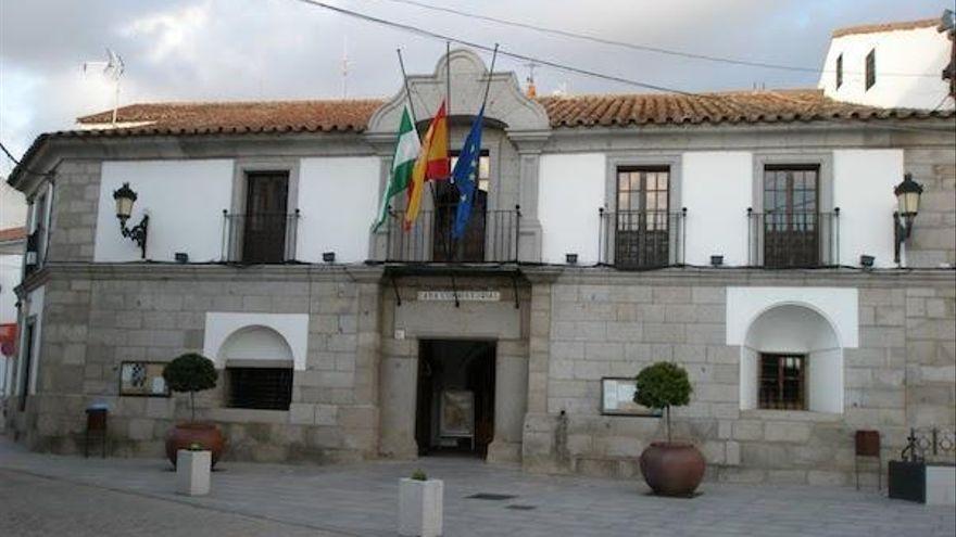 El Ayuntamiento de Villanueva destina 350.000 euros en ayudas a las empresas de la localidad
