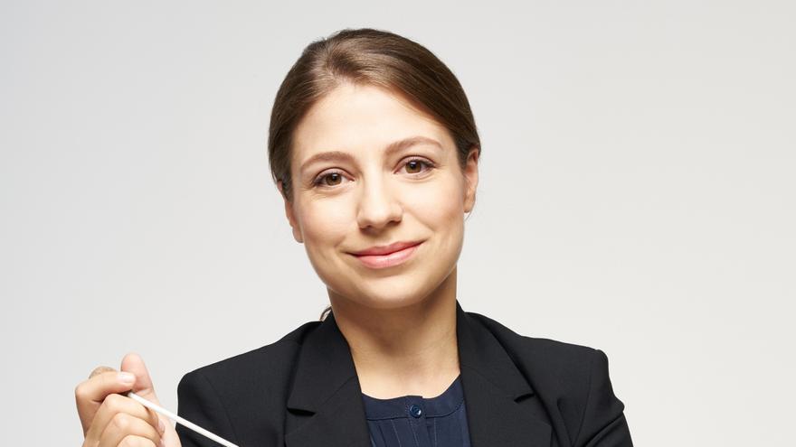 La finlandesa Dalia Stasevska dirige en la Casa de Cultura el concierto Primavera III de la OSPA