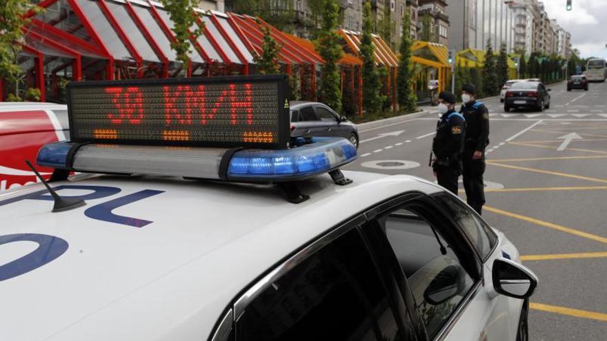 ¿Se está multando en Vigo por ir a más de 30 km/h?