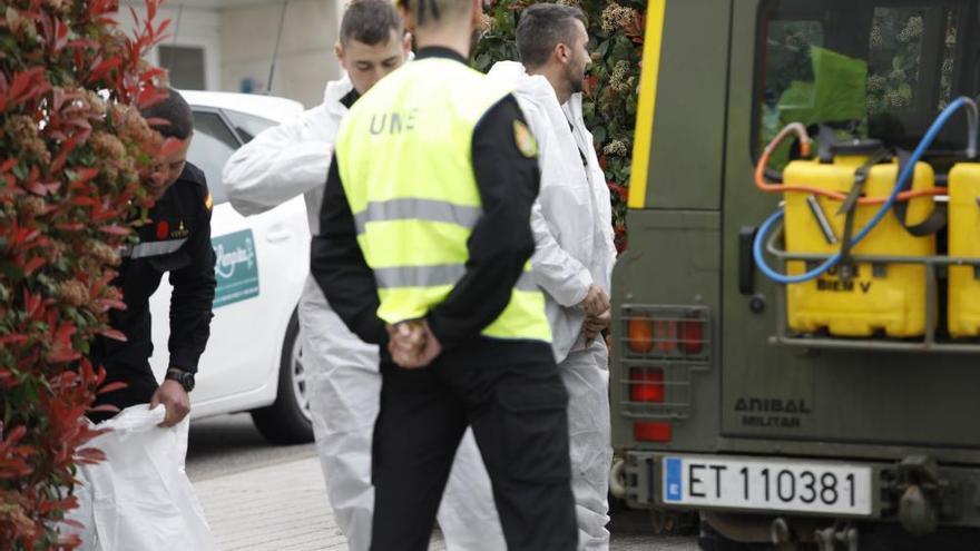 La UME efectúa labores de limpieza en Gijón