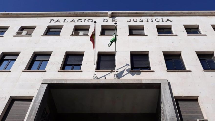 Rebajan a la mitad la condena a un violador de una menor en Almería al tener en cuenta la indemnización