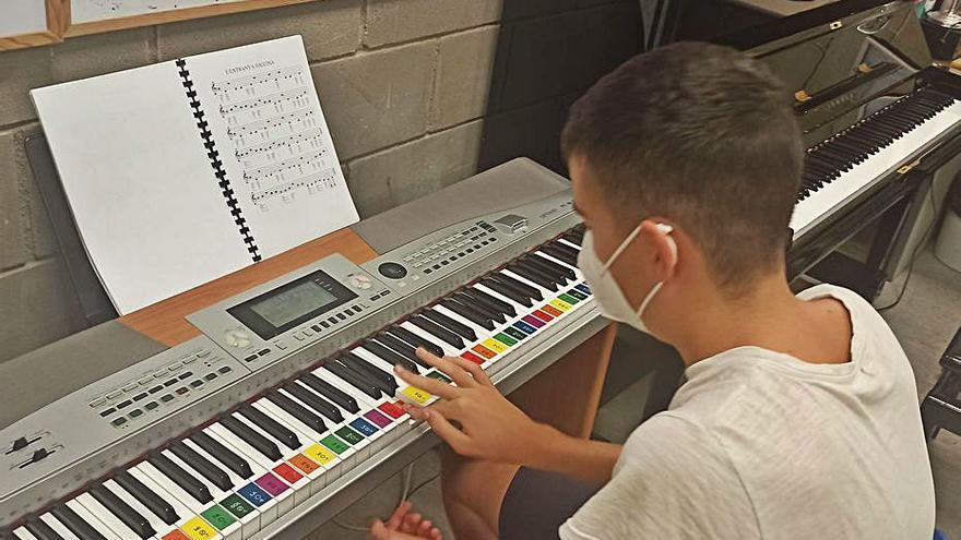 Igualada apropa l'escola de música a persones amb limitacions de mobilitat