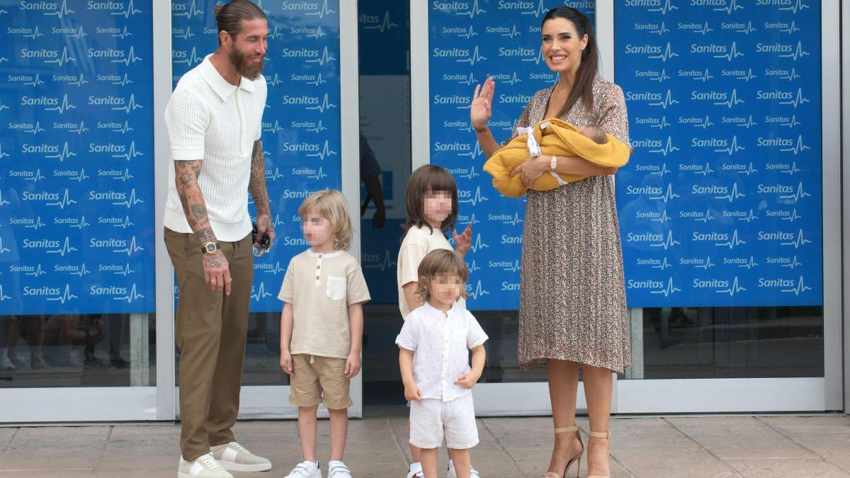 Sergio Ramos, Pilar Rubio y sus cuatro hijos