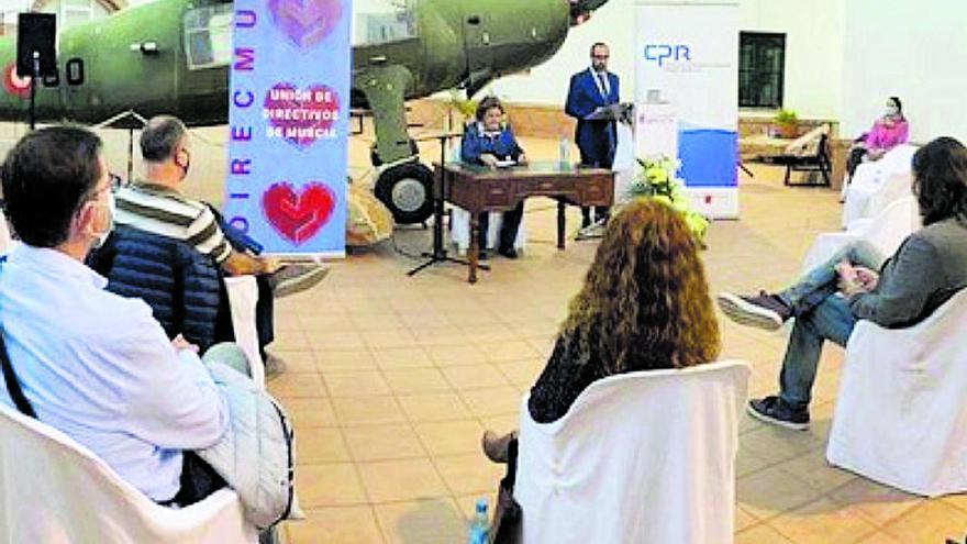 La psicóloga Begoña Ibarrola abre en San Javier el ciclo de conferencias 'Innovaedum express'