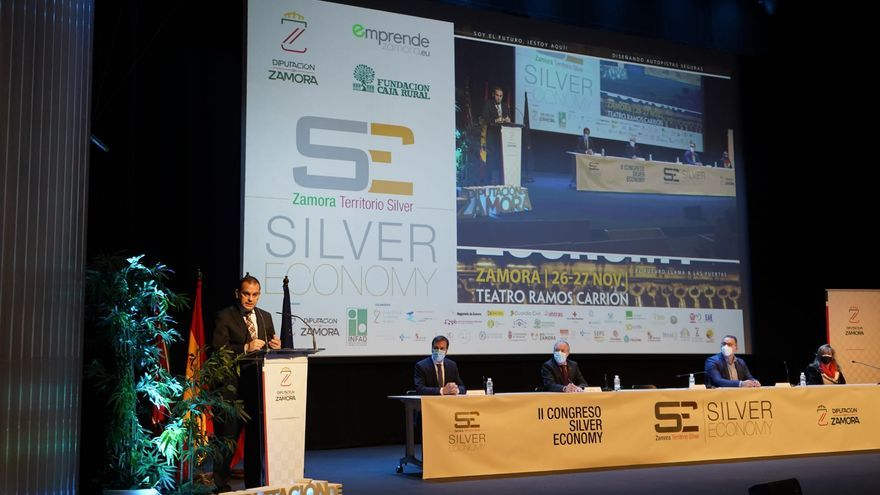 """Requejo sitúa a la """"silver economy"""" como """"una oportunidad para el futuro"""" de Zamora"""