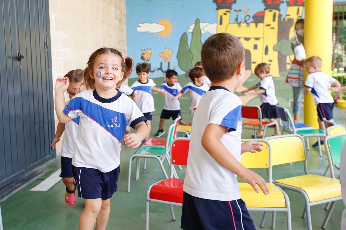 La comunidad educativa dice adiós al curso más difícil