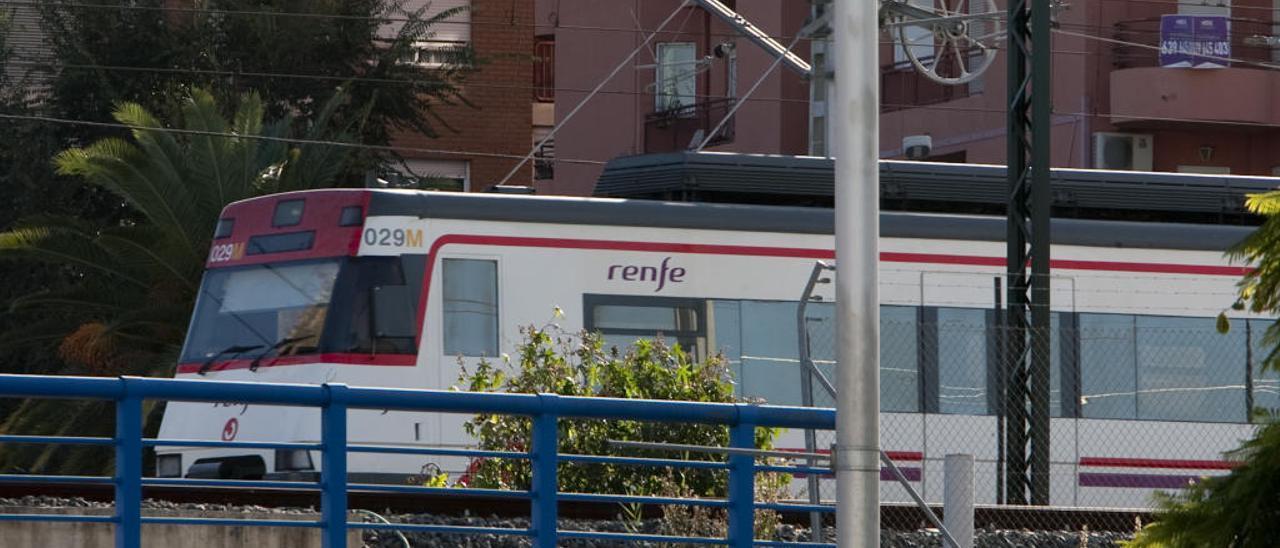 Cinco trenes cancelados en Xàtiva en tres días y nuevas demoras para comenzar septiembre